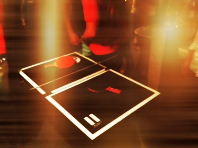 MIT HANDKUSS - Dish Tennis
