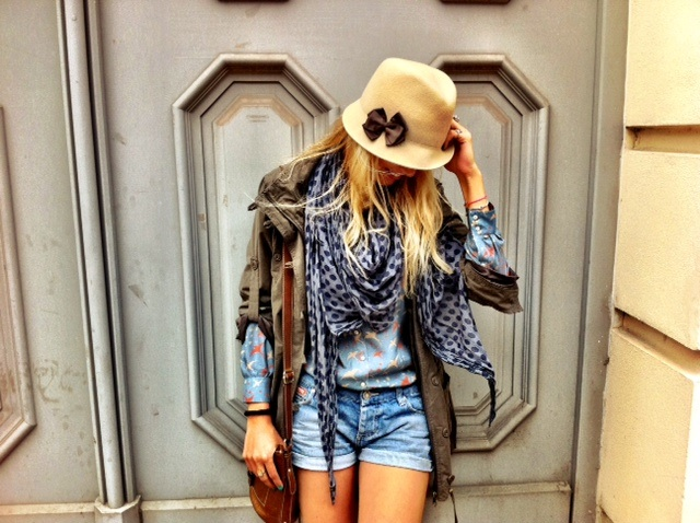 MIT HANDKUSS_Outfit_Trend_Style