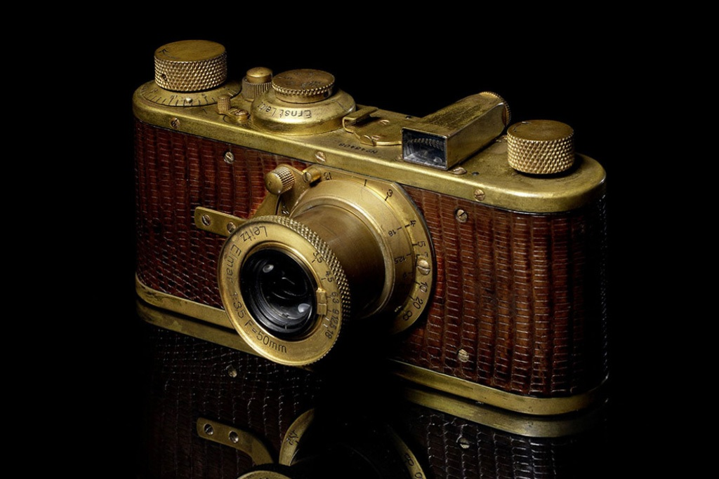 bonhams-to-hold-auction-in-hk-for-rare-leica-cameras-1