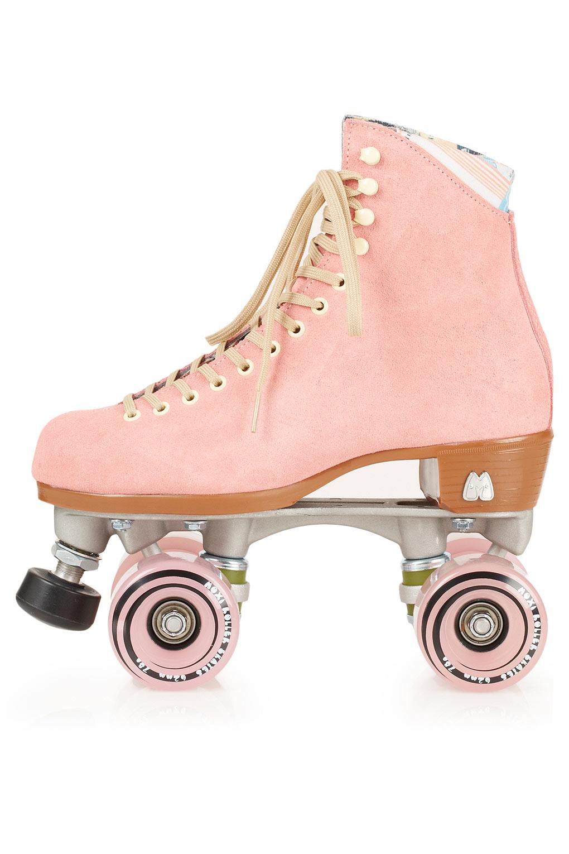 Moxi_Rollerskates
