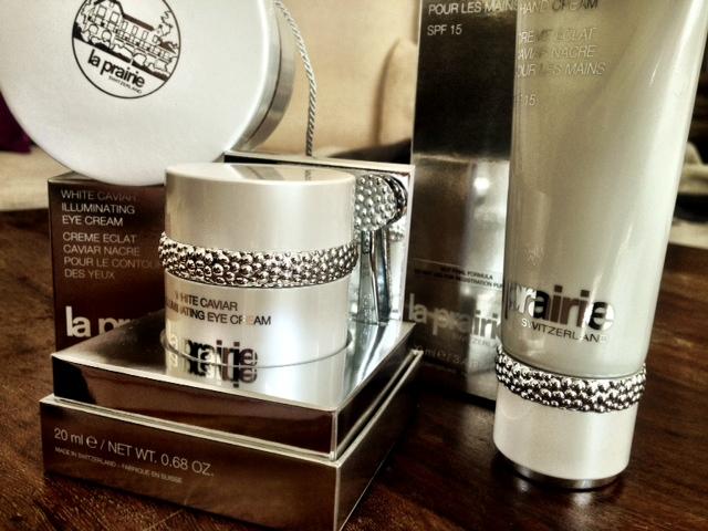 MIT HANDKUSS_La Prairie_White Caviar Illuminating Serie_Beauty_Luxus_1