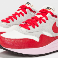 Nike_Air Max 1_Vintage_ Sneakers_Sail_Hyper Red_Quelle_defshop.com
