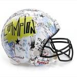 Bloomindales_Super_Bowl_Fashion_Helmet_Quelle_media.bloomindales.com_11