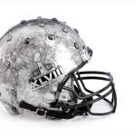 Bloomindales_Super_Bowl_Fashion_Helmet_Quelle_media.bloomindales.com_17