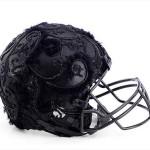 Bloomindales_Super_Bowl_Fashion_Helmet_Quelle_media.bloomindales.com_20