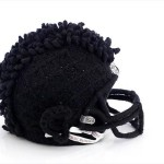Bloomindales_Super_Bowl_Fashion_Helmet_Quelle_media.bloomindales.com_22