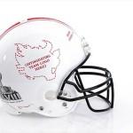 Bloomindales_Super_Bowl_Fashion_Helmet_Quelle_media.bloomindales.com_28