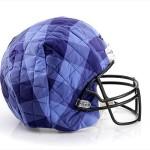 Bloomindales_Super_Bowl_Fashion_Helmet_Quelle_media.bloomindales.com_30