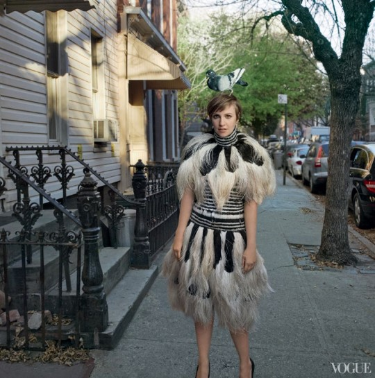 Lena_Dunham_Vogue_February_2_Quelle_Vogue.com_Photographed by Annie