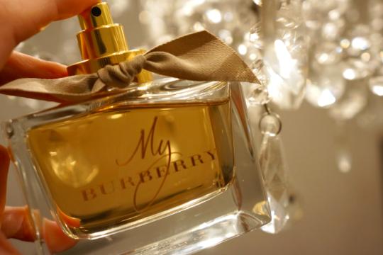 Burberry_My Burberry_Parfum_Kate_Moss_Cara_Delevingne