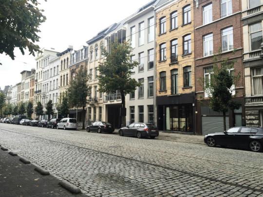 Antwerp_Belgium_Blog_Blogger_Fashion_Lifestyle_Austria_Mit Handkuss